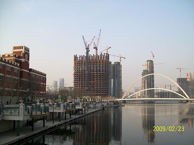 天津津塔钢结构工程